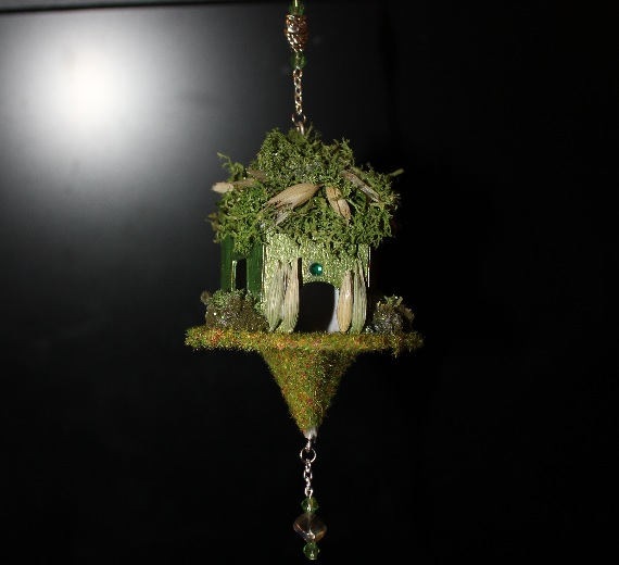 Make Hanging Fairy Houses Stuwahacreations
