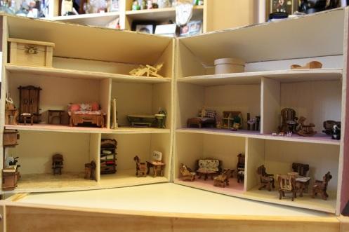 folding foamboard dollhouse 18